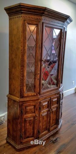 Century Furniture China Cabinet Hutch Light Leaded Glass Doors Drawers Felt Line