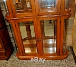 Curio Cabinet Oak Beveled Glass 4 Shelves Lighted 4 Doors