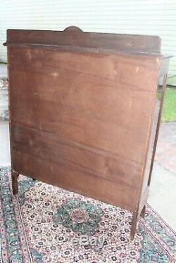 English Antique Mahogany 3 Shelf Chippendale Bookcase / 2 Door Display Cabinet