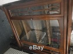 Queen Anne Style Curio/China Display Cabinet mahogany glass front door