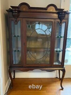Queen Anne Style Curio/China Display Cabinet mahogany with stained glass door