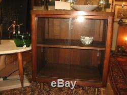 VINTAGE MID CENTURY MODERN CABINET SLIDING GLASS DOOR RECORD 50s-60s FORMICA TOP