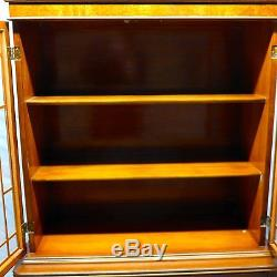 Vintage Elegant Timeless China Cabinet / Hutch / Book Case With Glass Doors